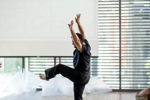 Photo: dancer/S.Rowley; choreography/M.Silagy; photography/J.Yang